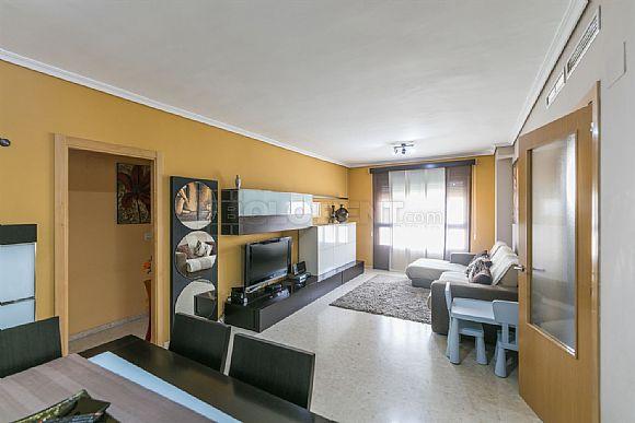 Property to buy Flat Oliva