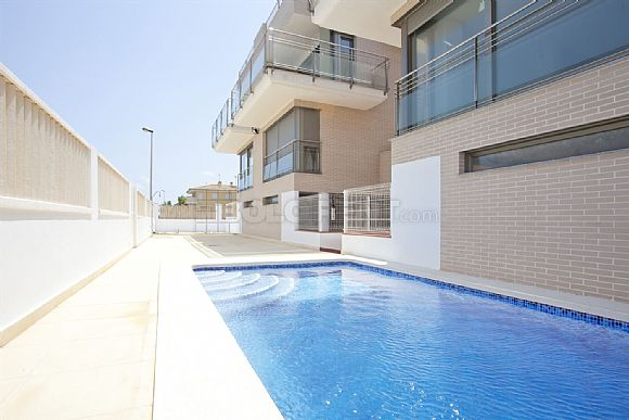 Property to buy Apartment Oliva